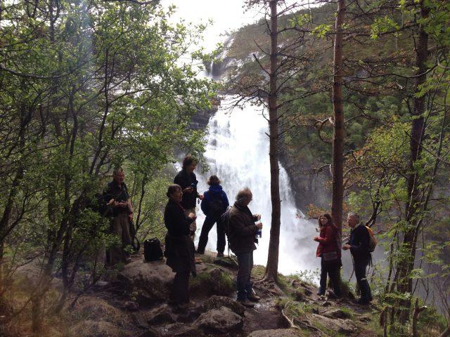 Wasserfälle bei Kinsarvik
